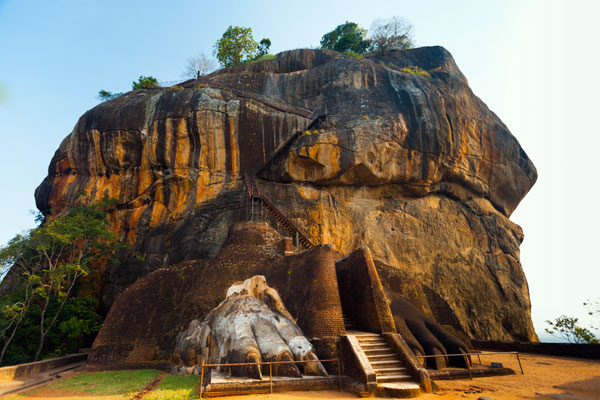 Sigiriya Sri Lanka - Lion Rock